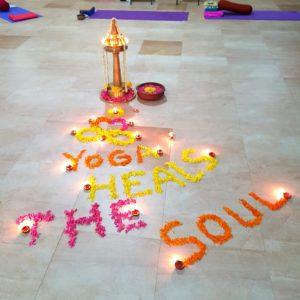 yoga retreat flowers & lamp